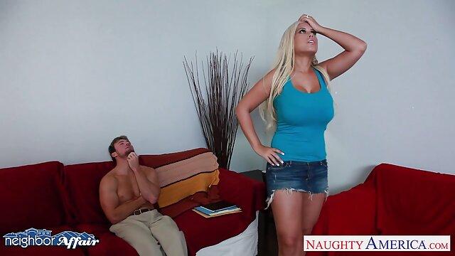 Dewasa tidak terdaftar  Pasangan jenuh jenuh menunjukkan gairah video xxx mama jepang seksual di pagi hari